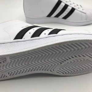 adidas Shoes - Never Worn Adidas mid tops